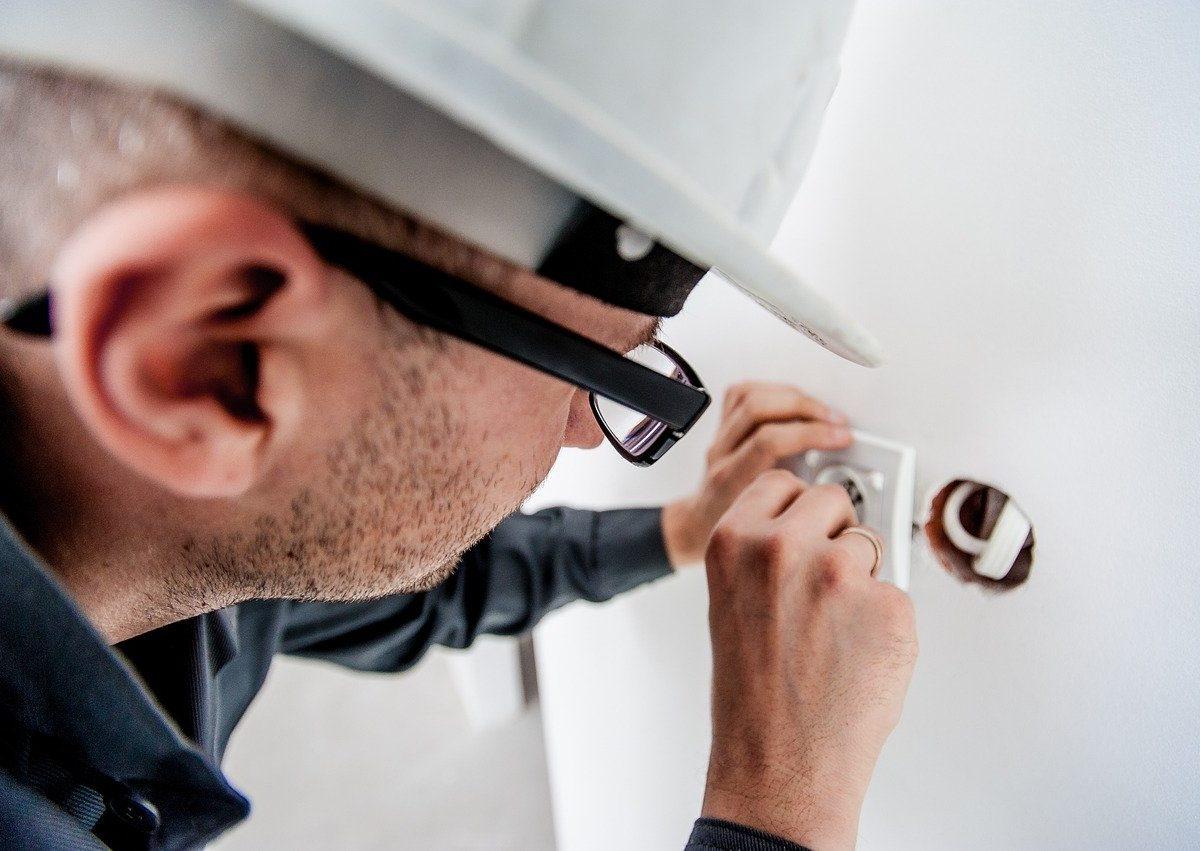 Bezpieczne użytkowanie instalacji elektrycznej i gazowej
