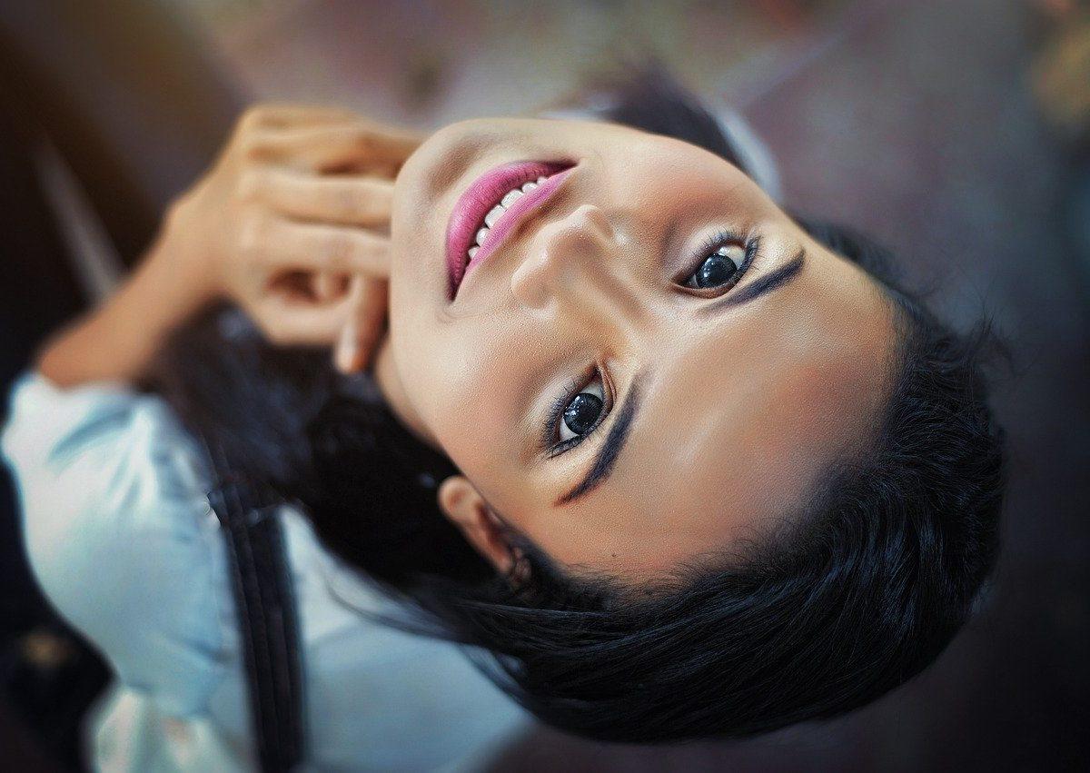Naturalny i zdrowy makijaż mineralny dla każdego rodzaju cery