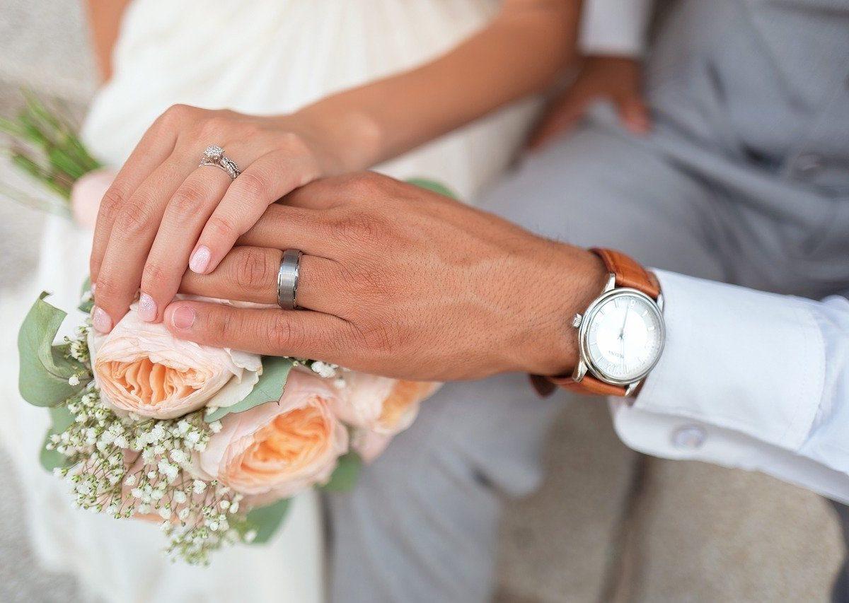 Wybór sukni ślubnej to ważna decyzja