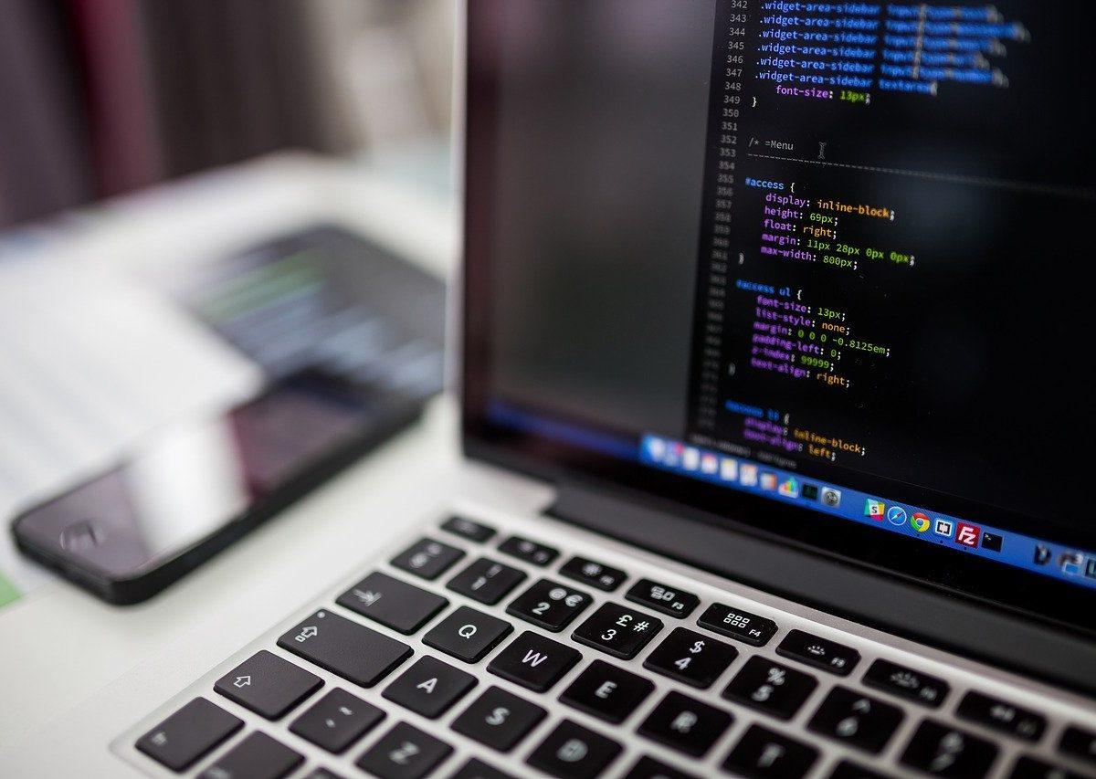 Dlaczego warto skorzystać z cyfrowej transformacji biznesowej?