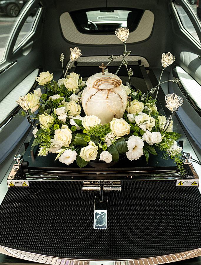 Zakład pogrzebowy pomoże zorganizować pochówek zmarłego