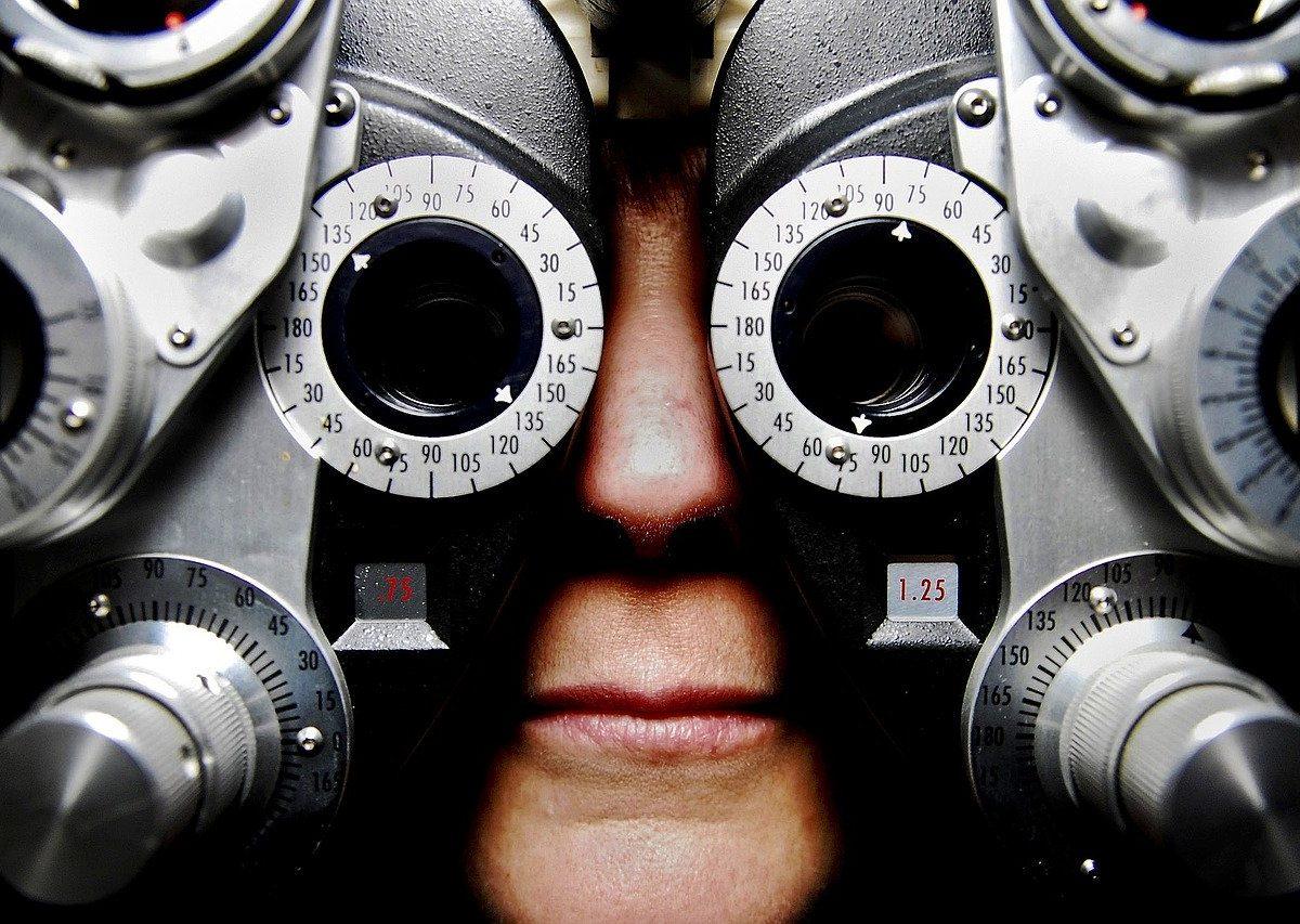 W jakich okolicznościach należy udać się do okulisty