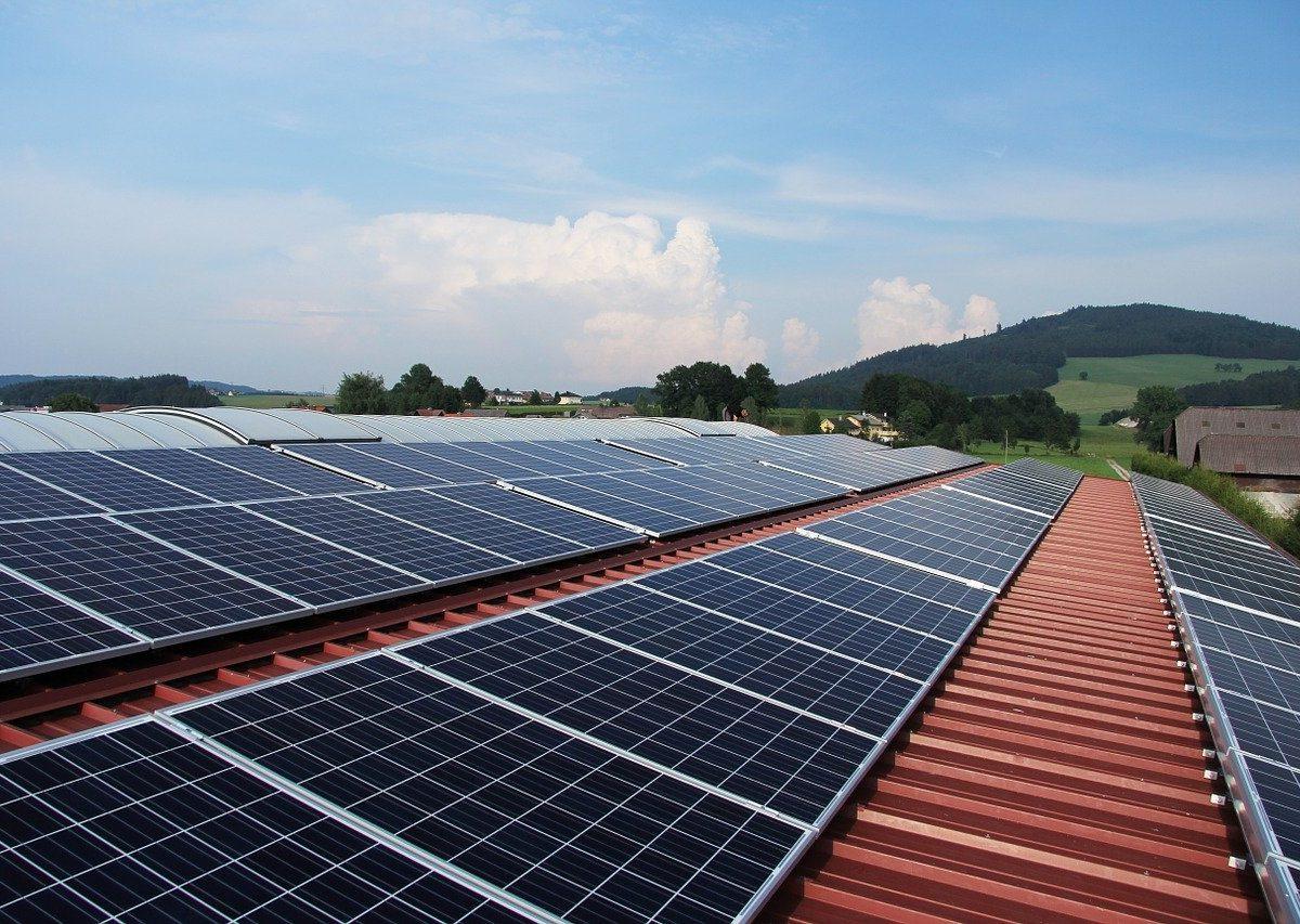 Słońce to źródło taniej i łatwo dostępnej energii dla wszystkich