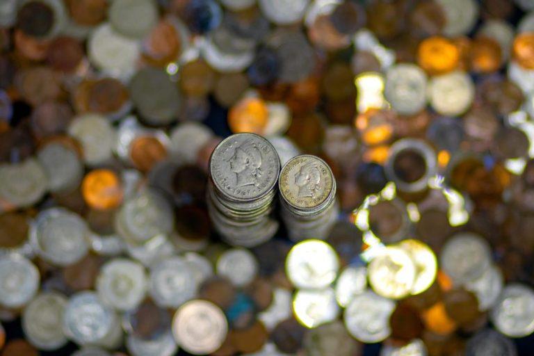 Jakie są korzyści z posiadania konta bankowego