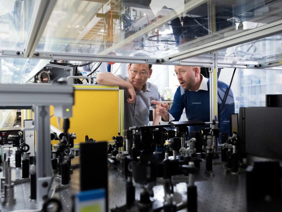 Profesjonalna obróbka metali metodą CNC
