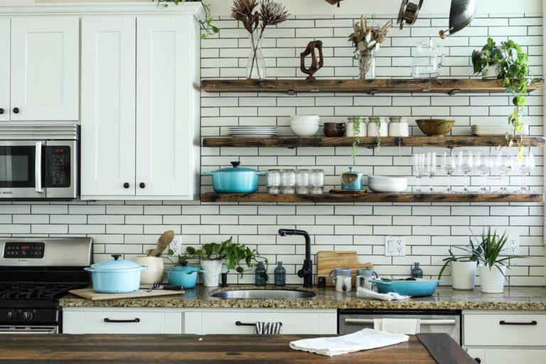 Dostosuj zlewozmywak do swojej kuchni