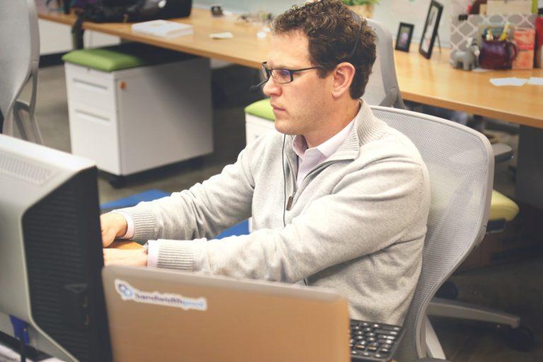Optymalizacja stron internetowych pod kątem SEO – podstawowe informacje