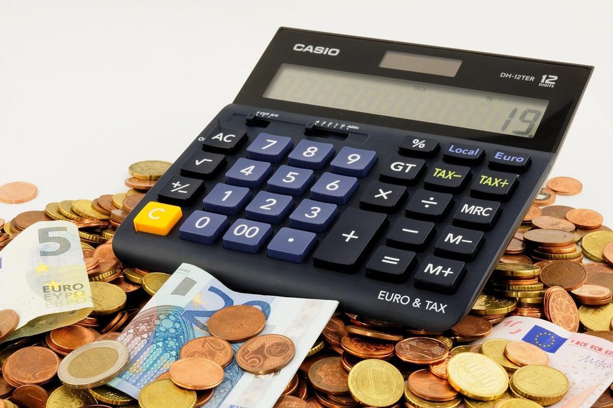 Czy na rynku doradztwa finansowego można znaleźć dobre firmy w Polsce?