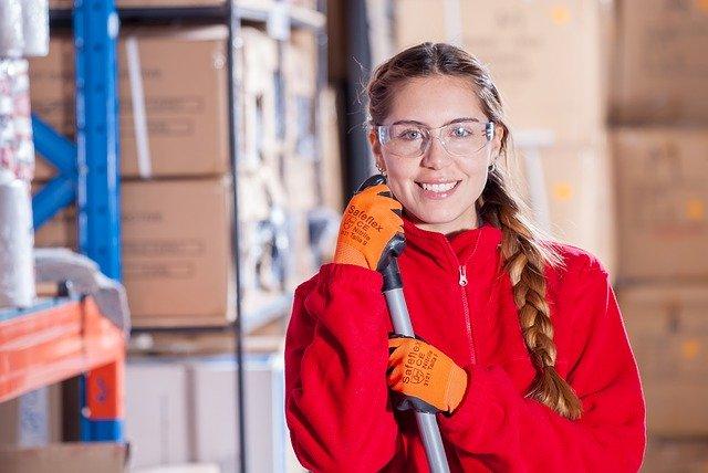 Na jakich warunkach cenowych można pozyskać dopasowane do oczekiwań rękawiczki dla pracowników?