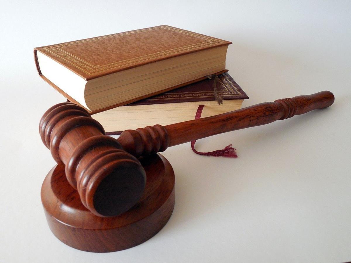 Czy obecnie znajdziemy bardzo dobrego adwokata?